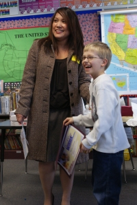 Local elementary school student wins bank drawing contest